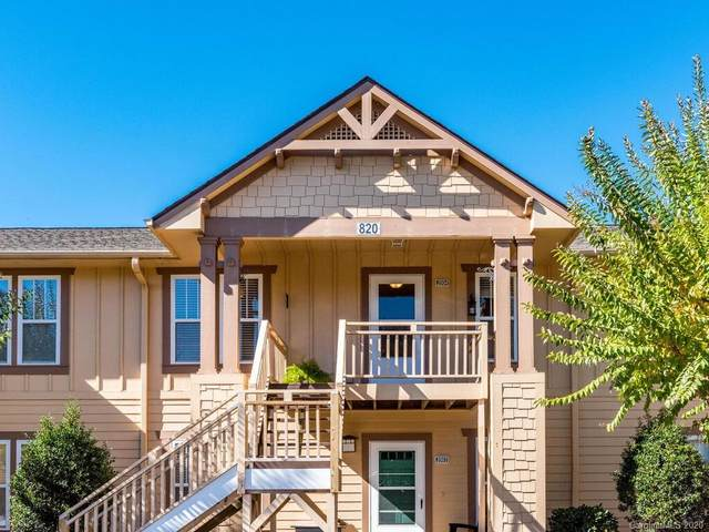 2004 Deermouse Way, Hendersonville, NC 28792 (#3678252) :: Carolina Real Estate Experts