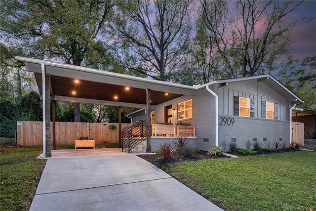 2909 Ravencroft Drive, Charlotte, NC 28208 (#3678795) :: Carolina Real Estate Experts