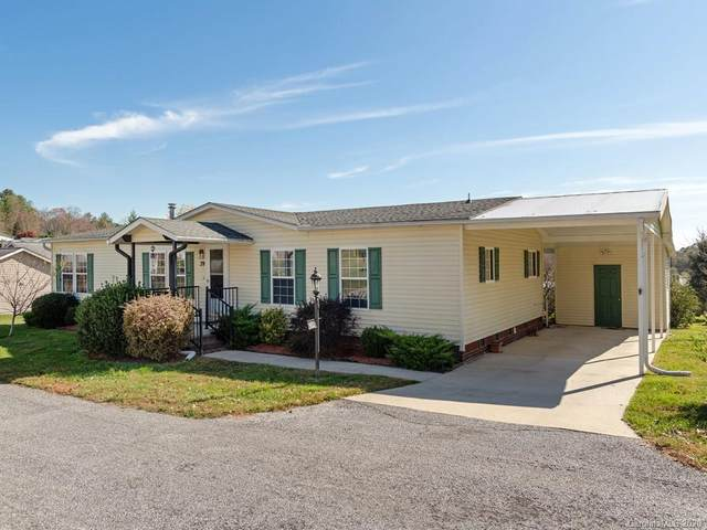 39 Stephanie Lane, Hendersonville, NC 28792 (#3678957) :: LePage Johnson Realty Group, LLC