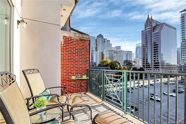 300 W 5th Street #723, Charlotte, NC 28202 (#3680691) :: Carlyle Properties