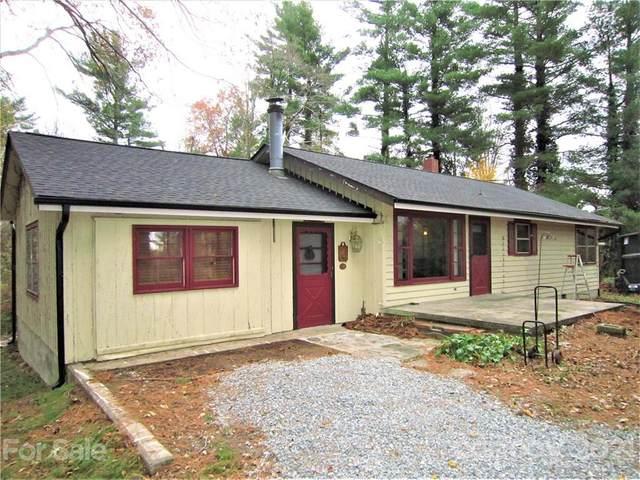 414 E Pine Hill Lane, Hendersonville, NC 28792 (#3680979) :: The Snipes Team | Keller Williams Fort Mill