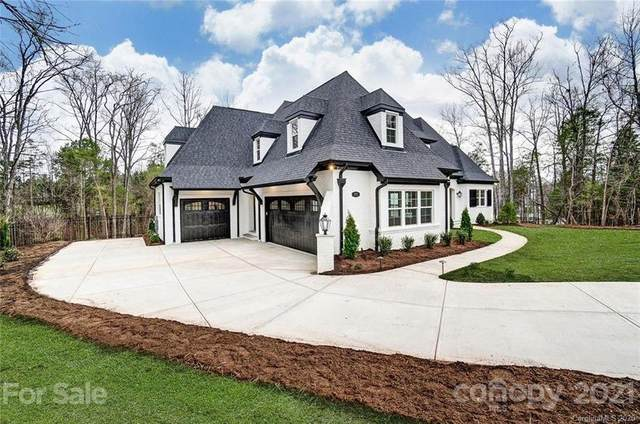 9400 Sir Huon Lane, Waxhaw, NC 28173 (#3681184) :: Keller Williams South Park