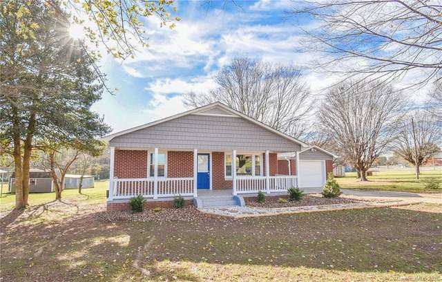 1823 Old Mountain Road, Statesville, NC 28677 (#3682267) :: LePage Johnson Realty Group, LLC