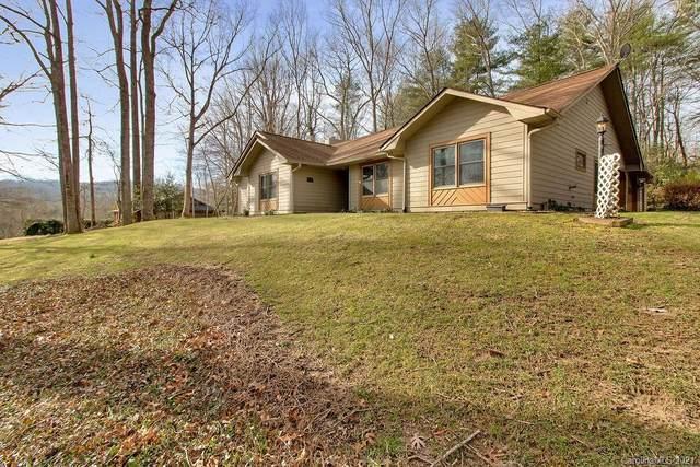 409 Hidden Woods Lane, Hendersonville, NC 28791 (#3682451) :: Miller Realty Group