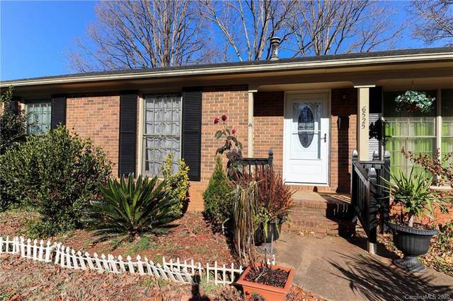 6525 Springfield Drive, Charlotte, NC 28212 (#3685699) :: Miller Realty Group