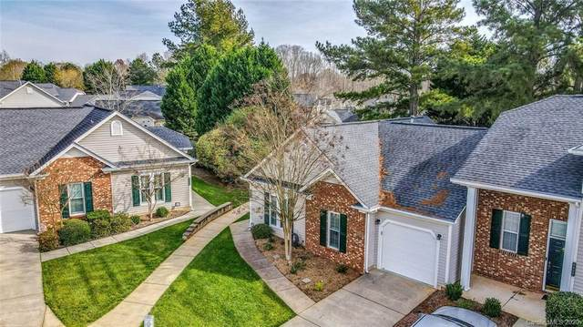 8808 Treyburn Drive, Charlotte, NC 28216 (#3686497) :: LePage Johnson Realty Group, LLC