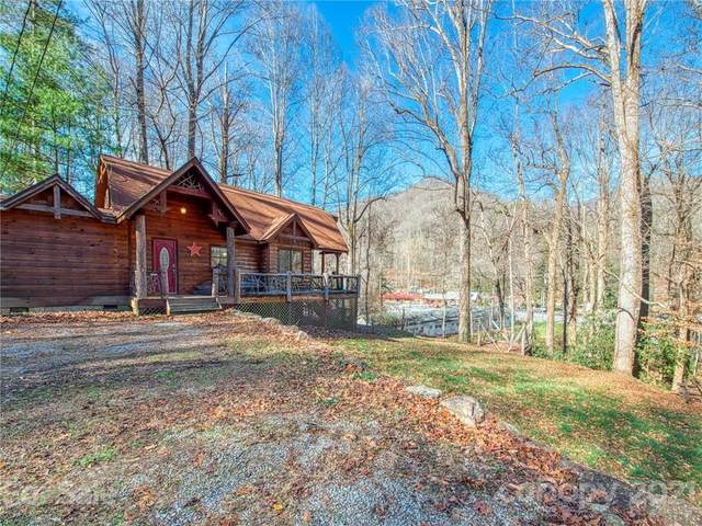 164 Woodfern Drive, Maggie Valley, NC 28751 (#3688462) :: The Ordan Reider Group at Allen Tate