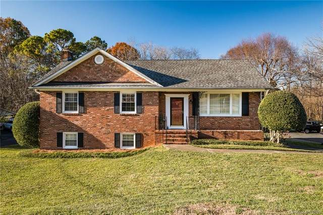 6908 Lancer Drive, Charlotte, NC 28226 (#3688999) :: IDEAL Realty