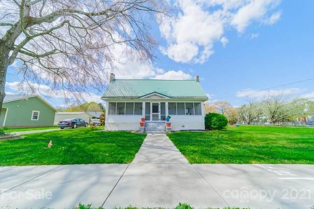 119 North Main Street, Huntersville, NC 28078 (#3689806) :: High Performance Real Estate Advisors