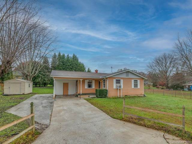 288 Forest Lawn Drive, Hendersonville, NC 28792 (#3692014) :: BluAxis Realty