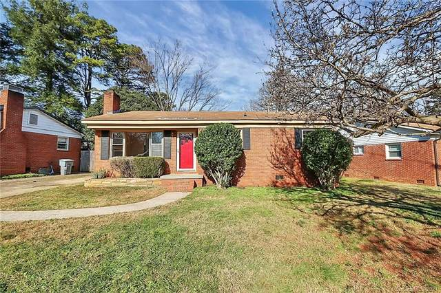 2921 Wicklow Place, Charlotte, NC 28205 (#3695033) :: BluAxis Realty
