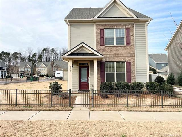 6305 Kennard Drive, Charlotte, NC 28216 (#3700235) :: LePage Johnson Realty Group, LLC
