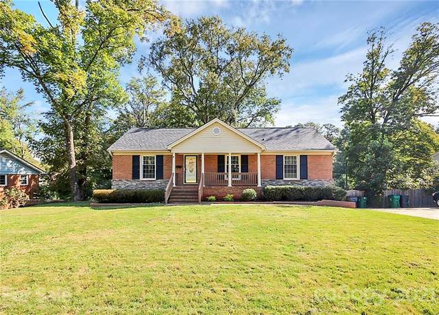 4039 Irvington Drive, Charlotte, NC 28205 (#3701569) :: Bigach2Follow with Keller Williams Realty