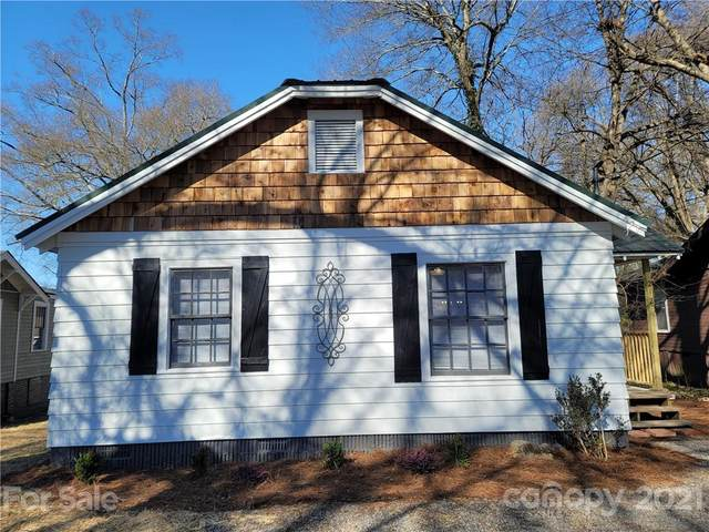 212 8th Avenue W, Gastonia, NC 28052 (#3703473) :: Carver Pressley, REALTORS®