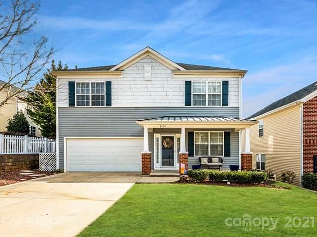 8424 Larkmead Forest Drive, Charlotte, NC 28269 (#3703798) :: Austin Barnett Realty, LLC