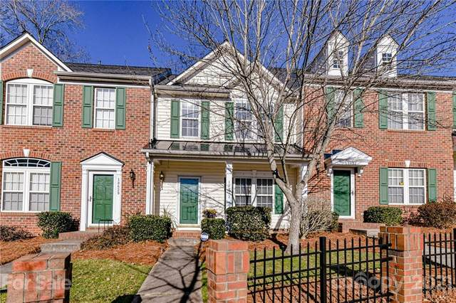 18633 Shawnee Ridge Road, Cornelius, NC 28031 (#3703815) :: LKN Elite Realty Group | eXp Realty