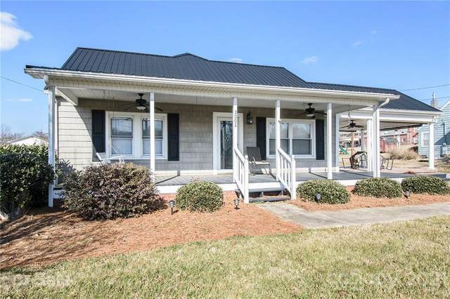 2002 Raney Street, Salisbury, NC 28146 (#3705368) :: Keller Williams South Park