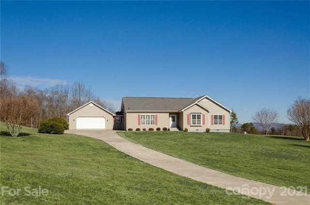 21 Persimmon Drive #3, Mills River, NC 28759 (#3707845) :: Keller Williams Professionals
