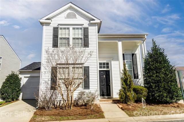 8617 Sawleaf Court, Charlotte, NC 28215 (#3709344) :: Home and Key Realty