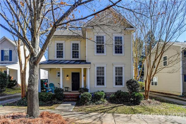 10316 Meadow Crossing Lane, Cornelius, NC 28031 (#3710072) :: The Premier Team at RE/MAX Executive Realty