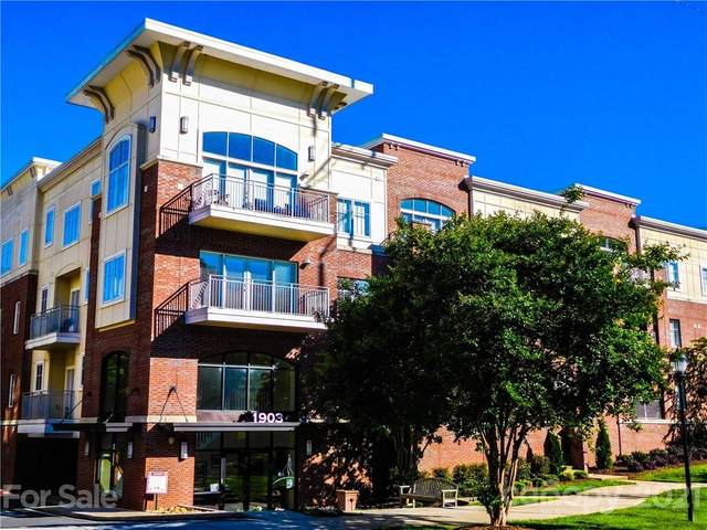 1903 Kenilworth Avenue #104, Charlotte, NC 28203 (#3710918) :: Home and Key Realty