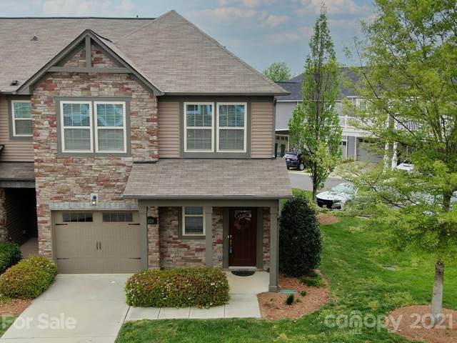 7220 Lochy Lane, Charlotte, NC 28278 (#3713155) :: Scarlett Property Group