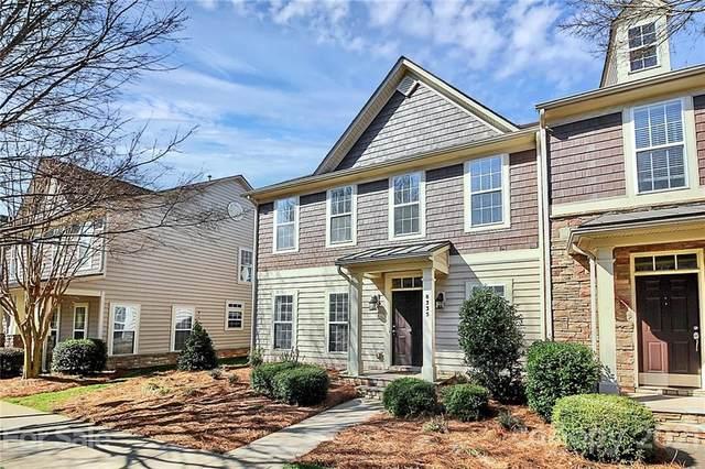 8335 Viewpoint Lane, Cornelius, NC 28031 (#3713217) :: High Performance Real Estate Advisors