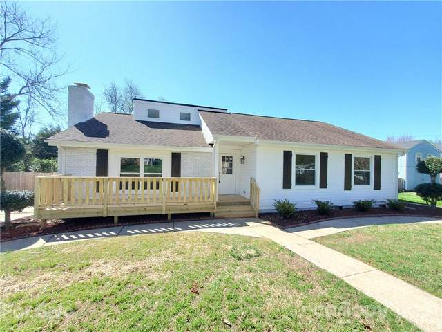 2205 Riding Trail Road, Gastonia, NC 28054 (#3721468) :: The Ordan Reider Group at Allen Tate