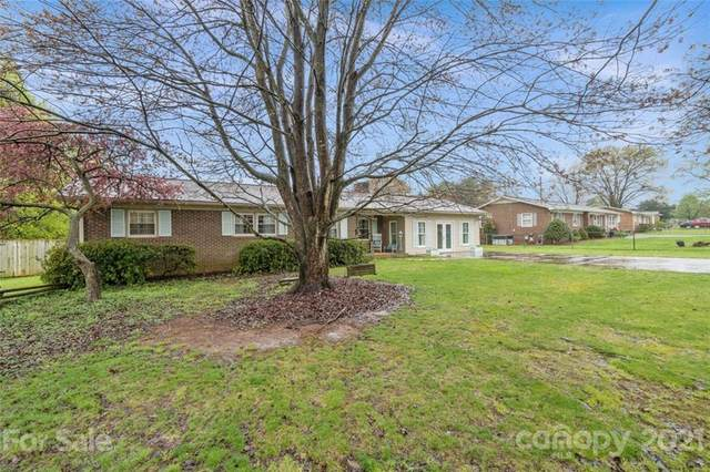 2102 Joe Road, Statesville, NC 28625 (#3722109) :: Caulder Realty and Land Co.