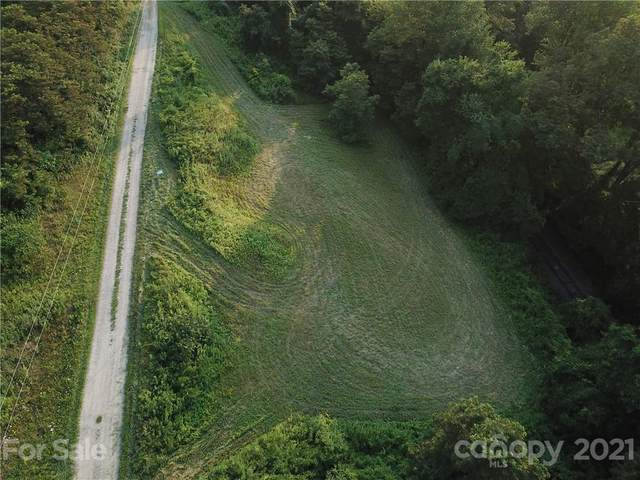 000 Granny Smith Drive #5, Waynesville, NC 28786 (#3722747) :: Home and Key Realty