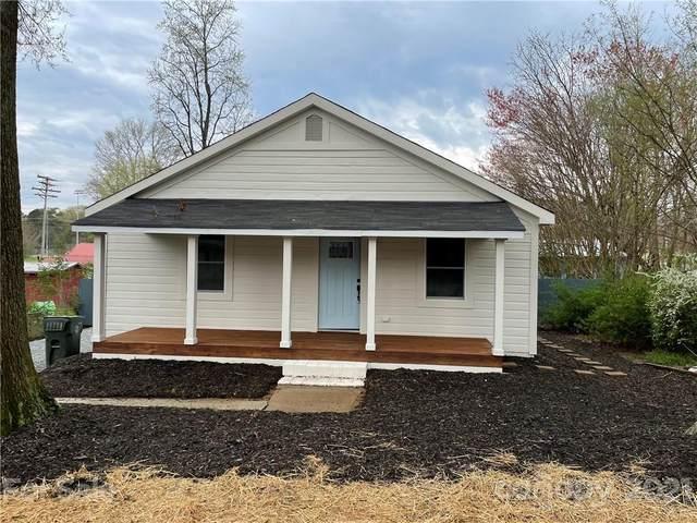 19619 Center Street, Cornelius, NC 28031 (#3723233) :: LePage Johnson Realty Group, LLC