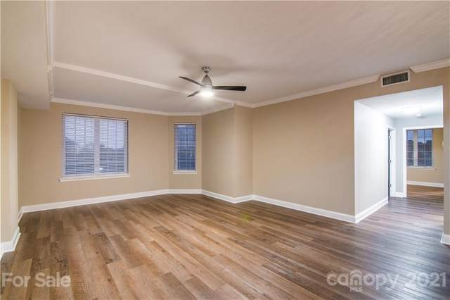 300 W 5th Street #453, Charlotte, NC 28202 (#3723798) :: Cloninger Properties