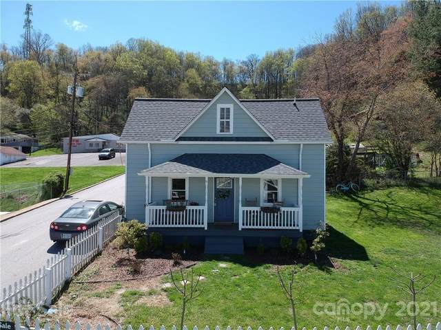 8 Watts Street, Canton, NC 28716 (#3727208) :: LePage Johnson Realty Group, LLC