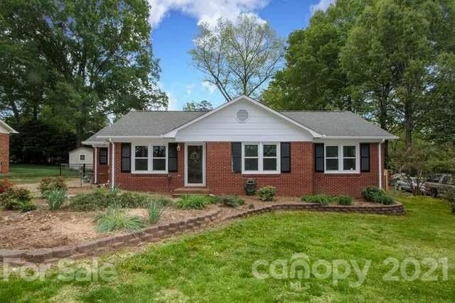 413 Newburg Lane, Matthews, NC 28105 (#3727590) :: Stephen Cooley Real Estate Group