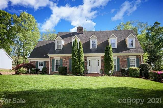 2437 Hamilton Mill Road, Charlotte, NC 28270 (#3727628) :: Scarlett Property Group