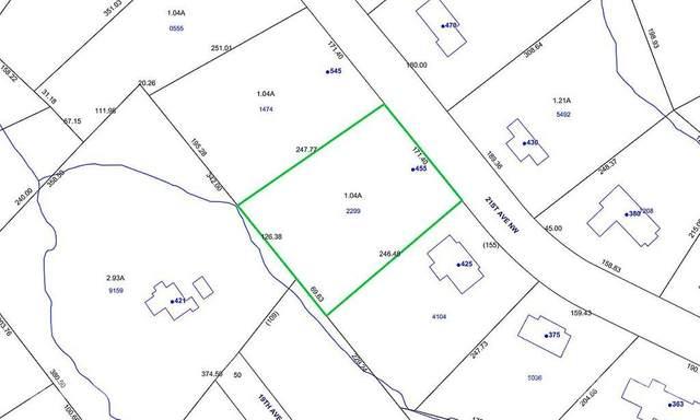 455 21st Avenue NW, Hickory, NC 28601 (#3727639) :: Willow Oak, REALTORS®