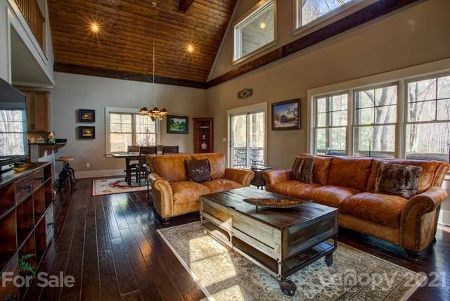 475 Thunder Mountain Road, Hendersonville, NC 28792 (#3728388) :: The Premier Team at RE/MAX Executive Realty