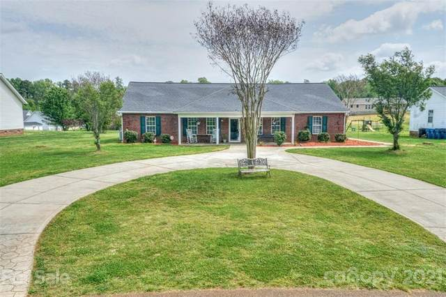174 Primrose Drive, Stony Point, NC 28678 (#3730281) :: Home and Key Realty