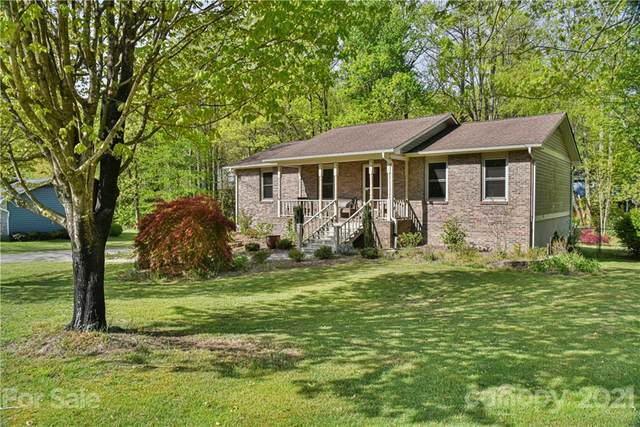 207 Stonebrook Drive, Hendersonville, NC 28791 (#3731140) :: Stephen Cooley Real Estate Group