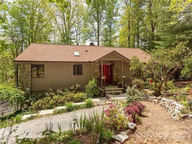 36 Foxglove Road, Laurel Park, NC 28739 (#3733023) :: Cloninger Properties
