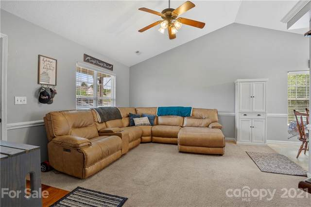 923 Londonderry Drive, High Point, NC 27265 (#3734730) :: Cloninger Properties