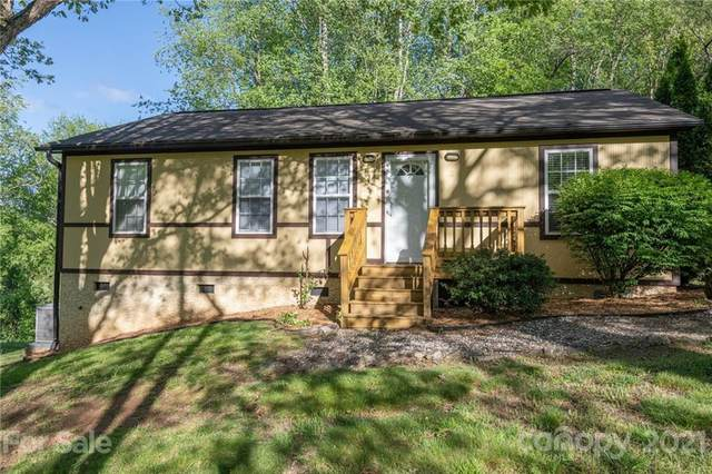 8 Crestview Court, Asheville, NC 28806 (#3735507) :: Home and Key Realty