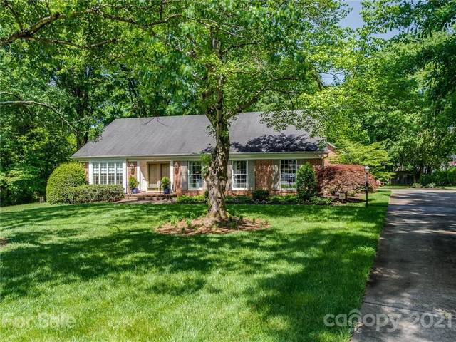 3410 Winsford Court, Charlotte, NC 28226 (#3735851) :: Carlyle Properties