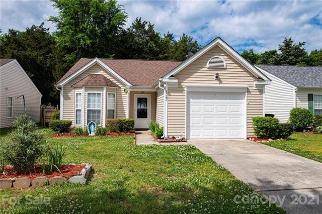 4347 Bubbling Brook Court, Charlotte, NC 28278 (#3736456) :: Stephen Cooley Real Estate Group
