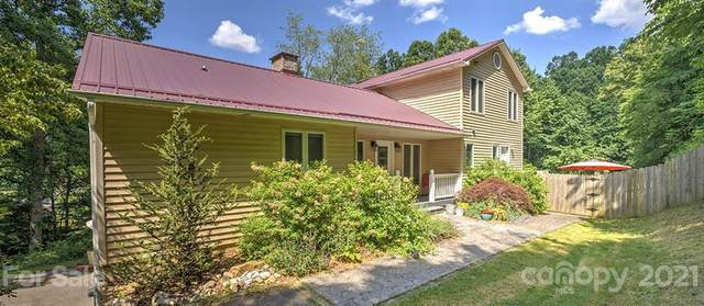 4 Ridgeway Drive, Weaverville, NC 28787 (#3736593) :: Home and Key Realty