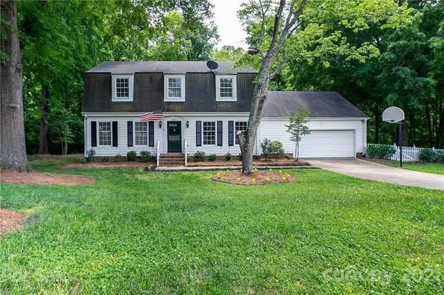4000 Pepperidge Drive, Charlotte, NC 28226 (#3736662) :: Burton Real Estate Group