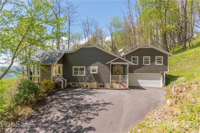215 Twisted Trail, Waynesville, NC 28786 (#3739710) :: Rowena Patton's All-Star Powerhouse