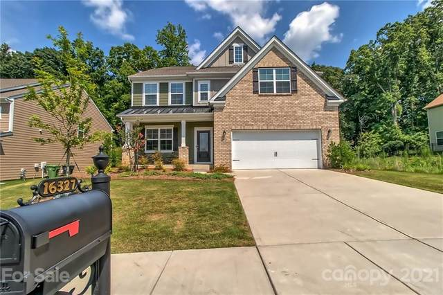 16327 Palisades Commons Drive, Charlotte, NC 28278 (#3744162) :: Homes with Keeley | RE/MAX Executive