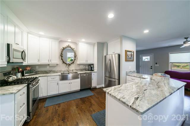1125 Bethel Road, Charlotte, NC 28208 (#3744922) :: Home and Key Realty