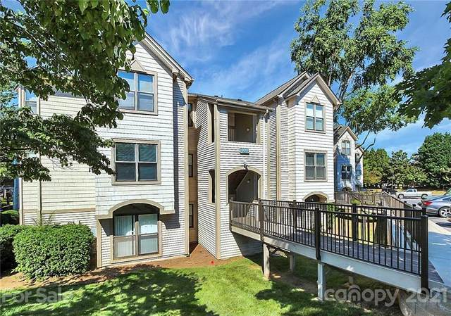 18701 Nautical Drive #102, Cornelius, NC 28031 (#3747003) :: Cloninger Properties